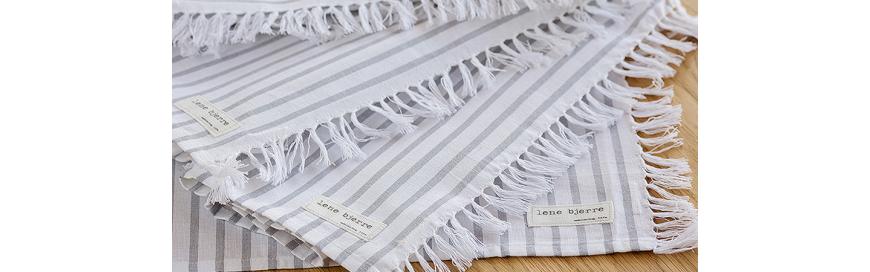 tekstylia kuchenne, ściereczki do naczyń, podkładki na stół z bawełny